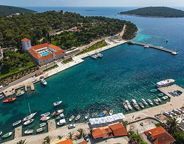 Maslinica Blue Lagoon tour from Split and Trogir