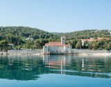 blue-cave-tour-croatia-split-14
